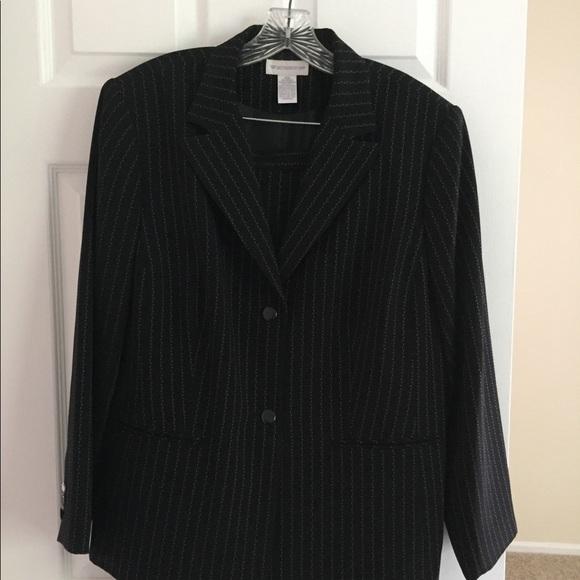 Worthington Dresses & Skirts - Women's Black and White Skirt Suit